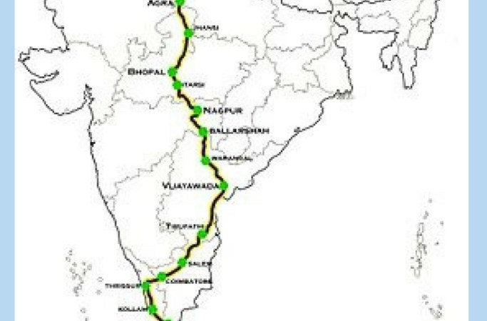 Reclaim-space-women-travel-train-Indian-railways-Kashmir-Kanyakumari-passenger-discomfort-platform-stations