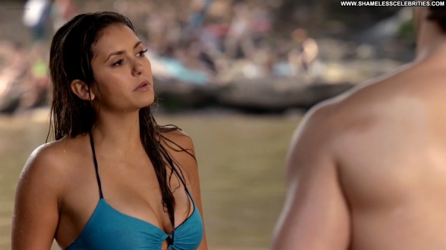 Nina Dobrev The Vampire Diaries Wet Sexy Hot Posing Hot Bikini