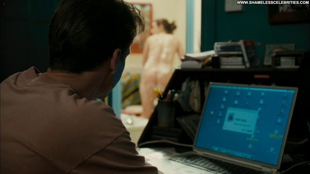 Rachel Weisz The Constant Gardener Shy Topless Posing Hot