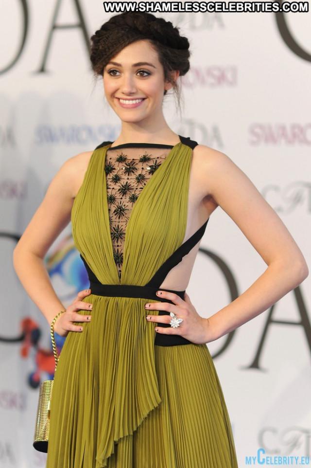 Emmy Rossum Red Carpet Nyc Usa Posing Hot Babe Awards Celebrity