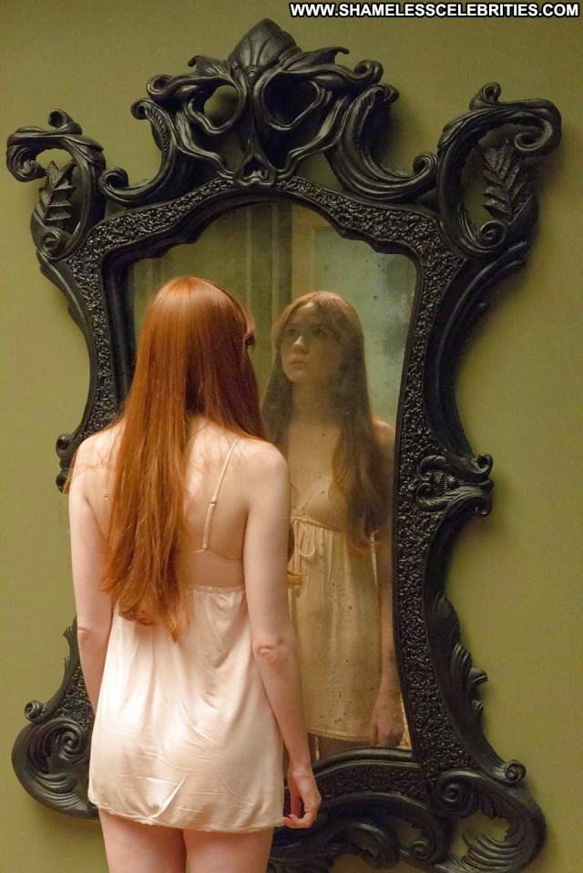 Karen Gillan Pictures Celebrity Female Sexy Nude Scene Doll Babe