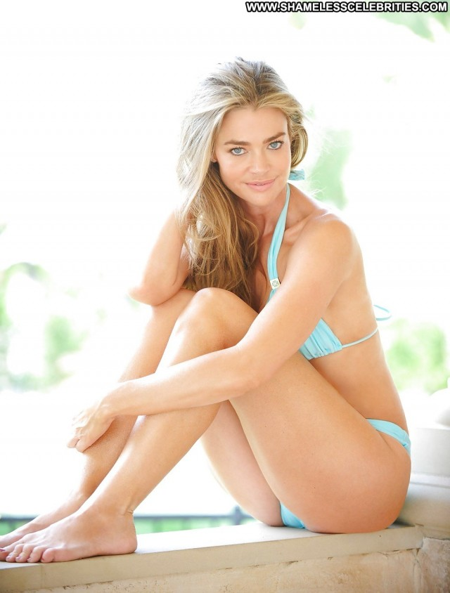 Denise Richards Pictures Celebrity Milf Hot Cute Famous Actress Doll