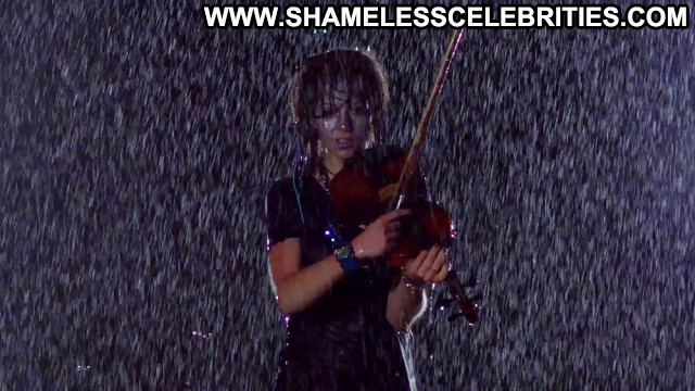 Lindsey Stirling Pictures Hot Brunette California Sea Sexy Celebrity