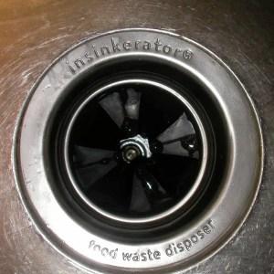 garbage disposal sink