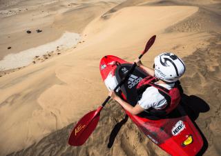 Red Bull – Riding the Namibian desert