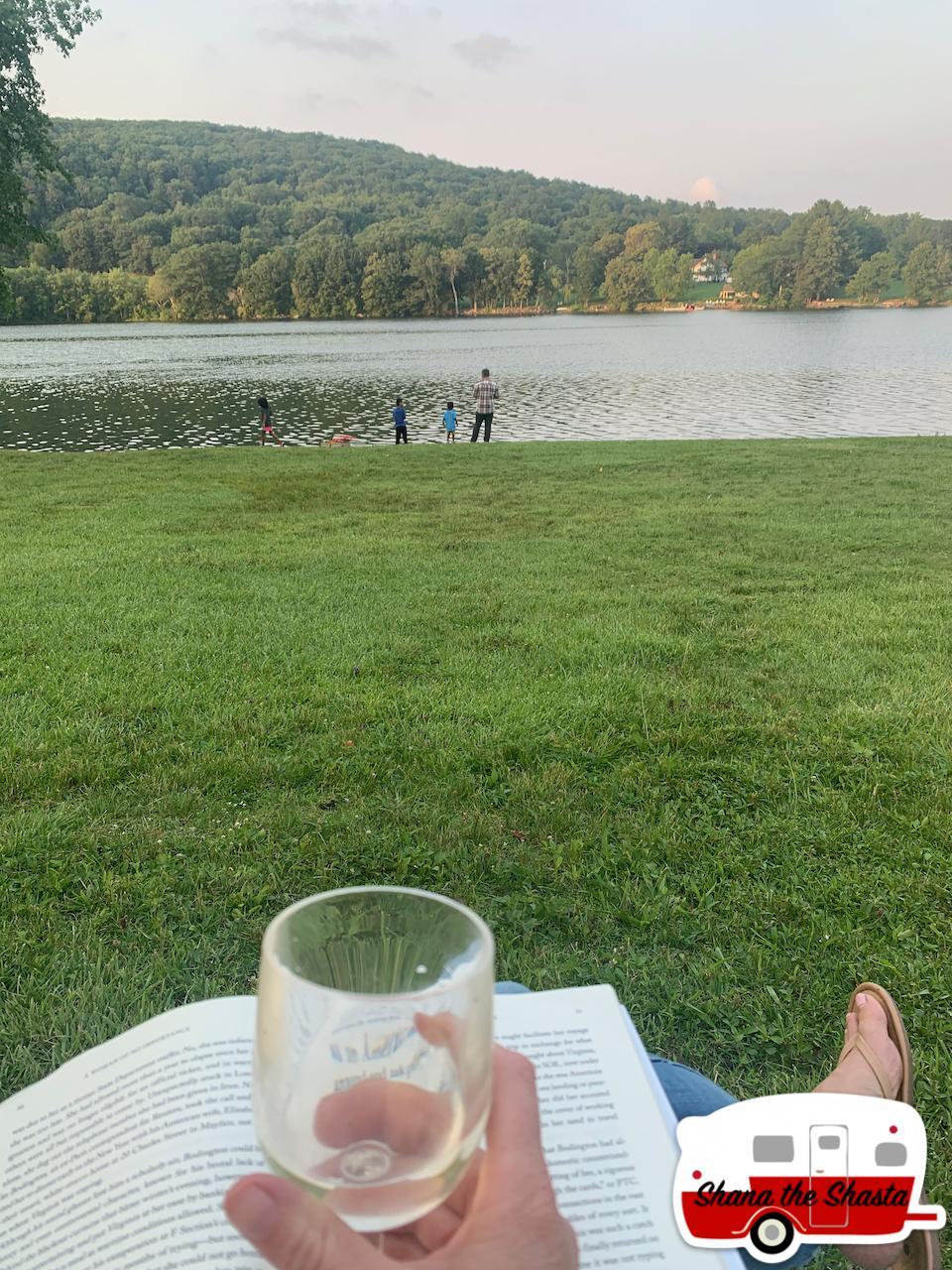 Afternoon-White-Wine-at-Lake-Waramaug-Shore