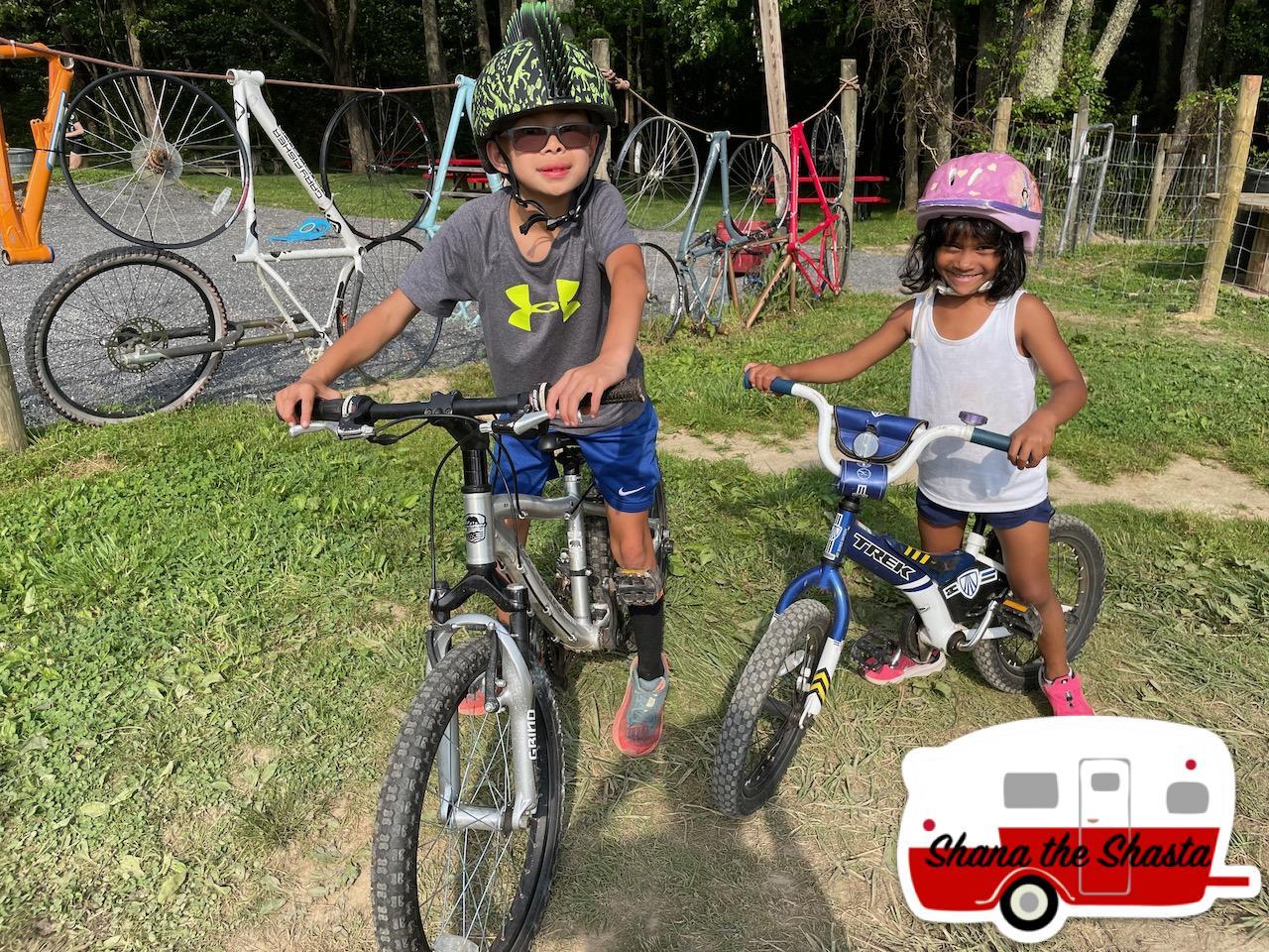 Bikers-at-Arrowhead-Bike-Farm