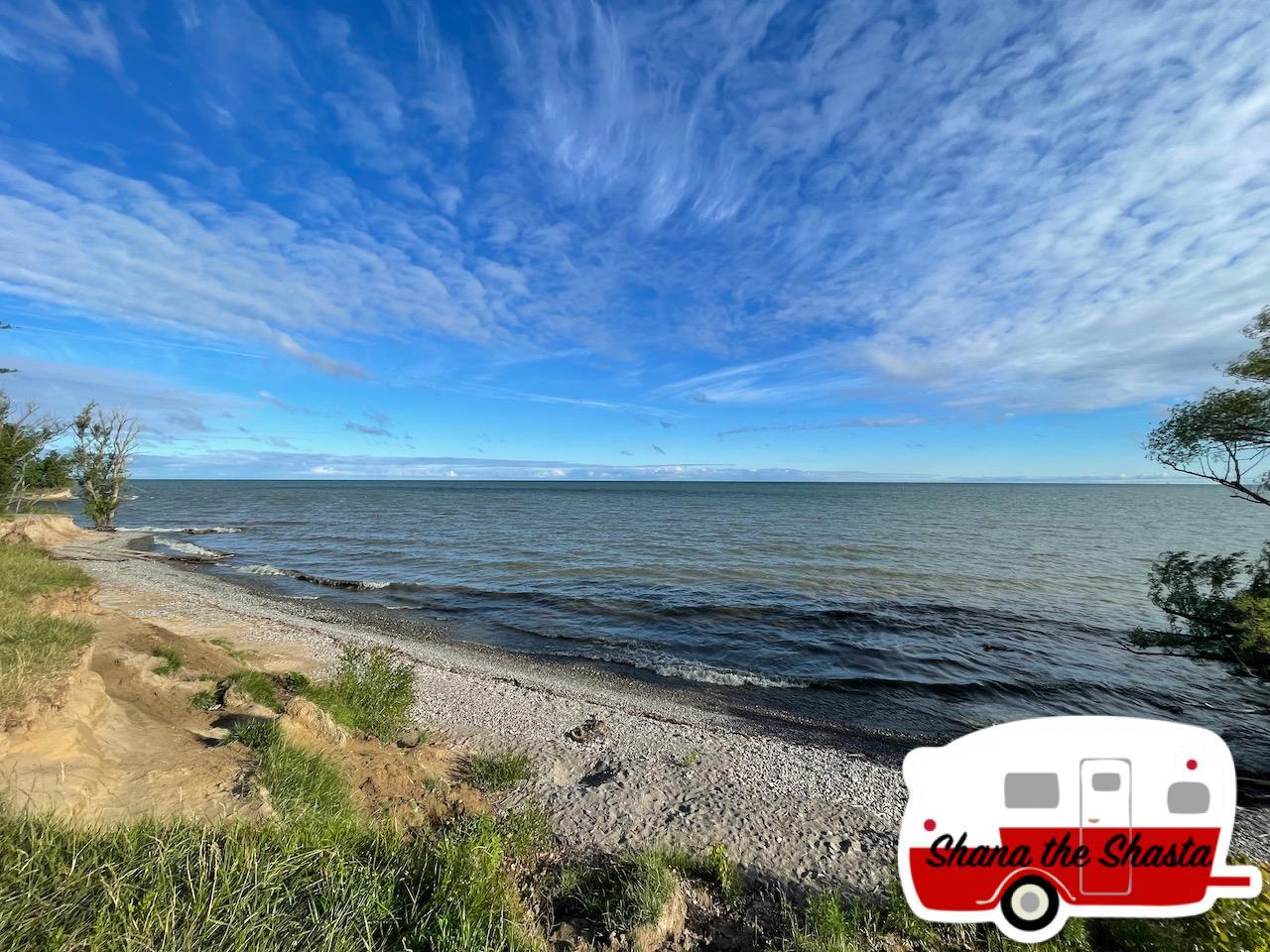 Lake-Ontario-Morning-Shore