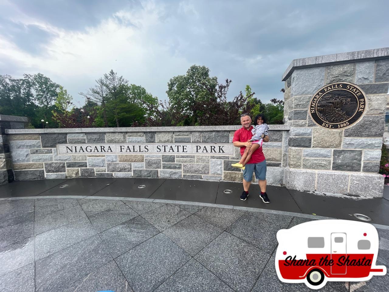Niagara-Falls-State-Park-Entrance