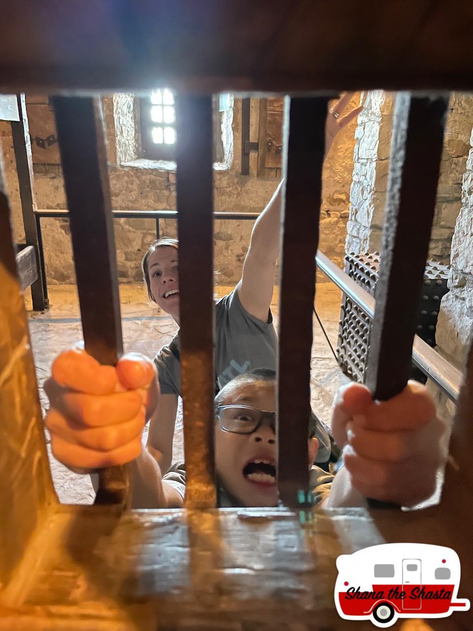 Old-Fort-Jail-Room