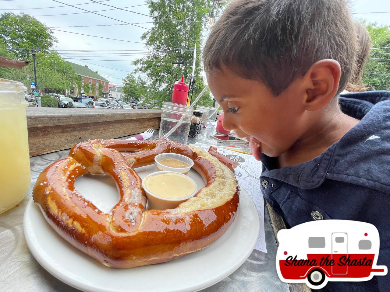 Side-Street-Cafe-Happy-Hour-Pretzel