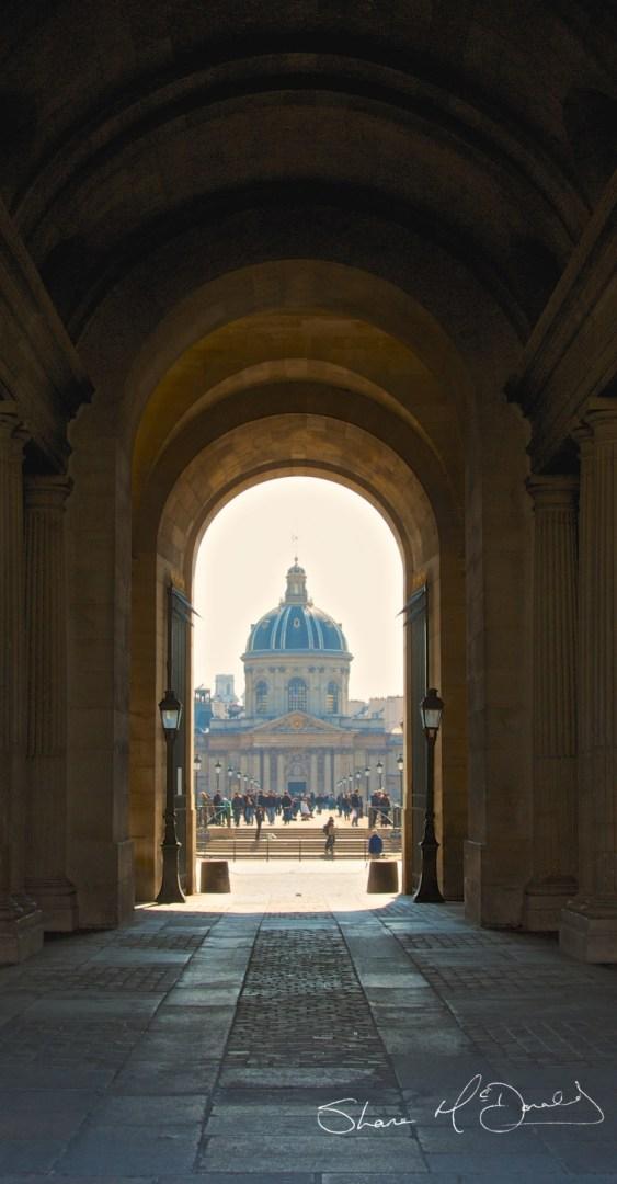 Parisenne Archways