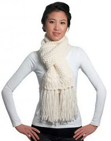 Stylish Winter Scarves Trends for Women