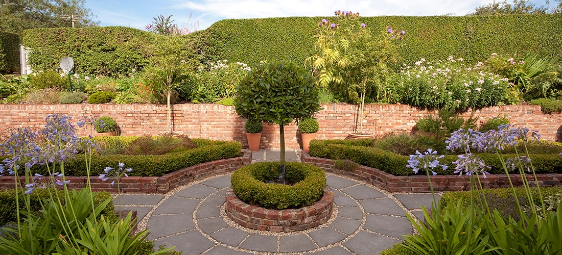 Shani Lawrence Garden Design beautiful practical sustainable