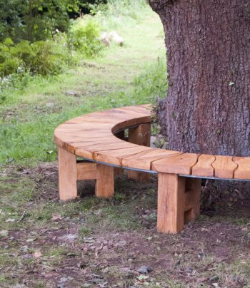 Garden Furniture - Circular oak tree seat around a grand old oak tree