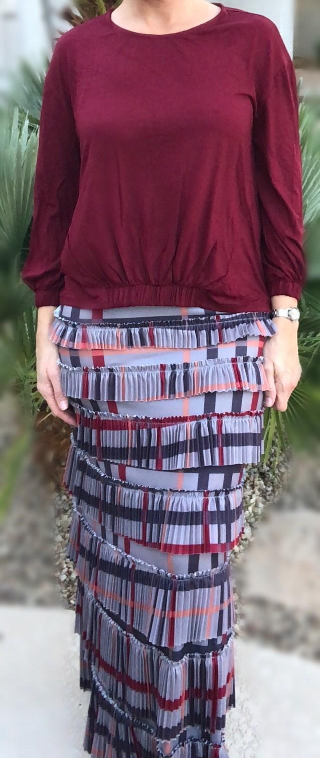 Pleated elegnaza skirt ~ Gray plaid