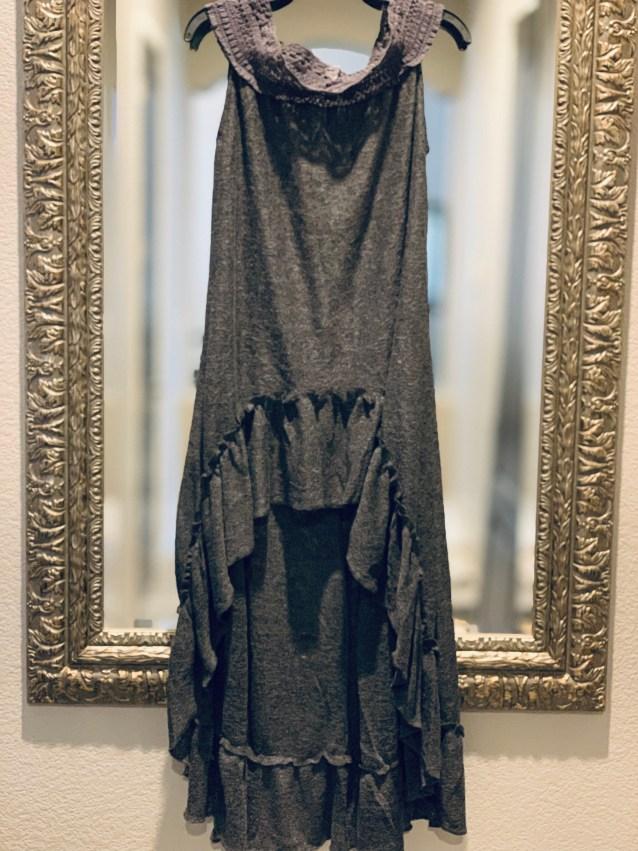 Dark gray lace hi low ruffle duster