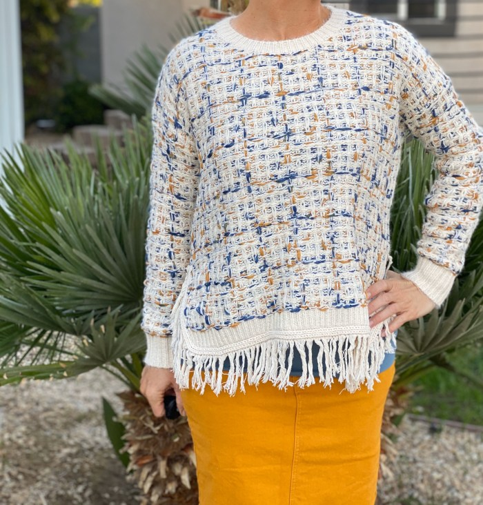 Weaved loose tweed sweater