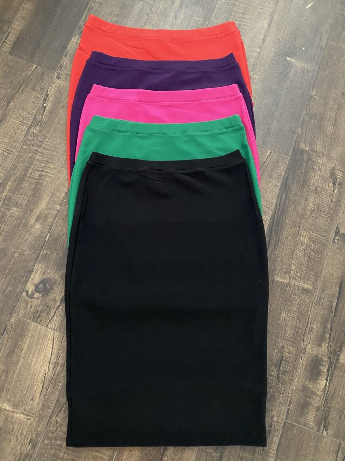 Green Modest Pencil Skirt