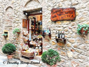 Shopping in Pienza
