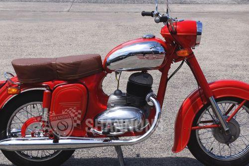 small resolution of jawa 353 250cc motorcycle