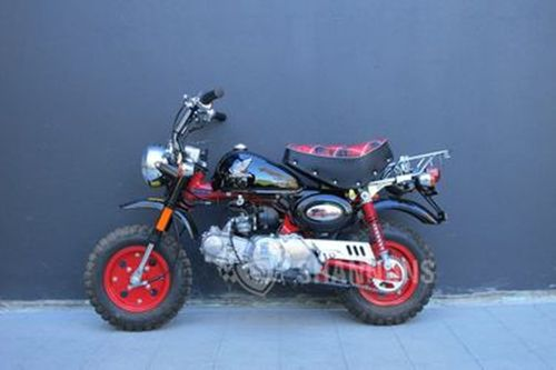 small resolution of honda z50 40th anniversary monkey bike