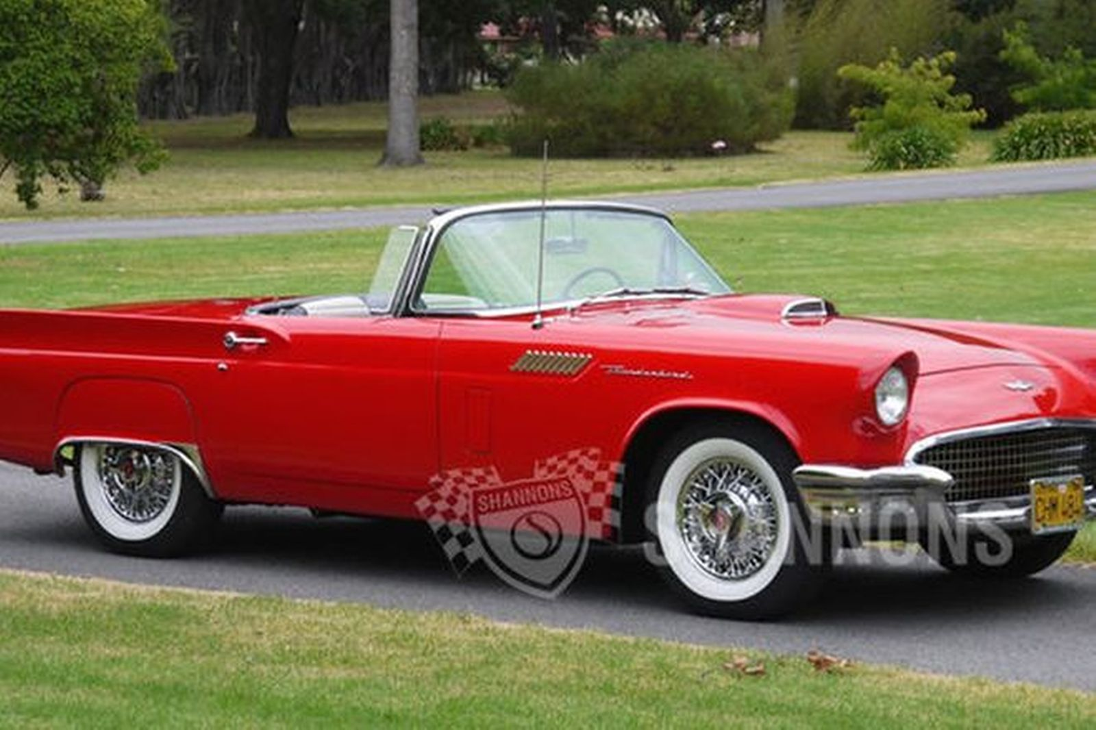 hight resolution of ford thunderbird convertible lhd