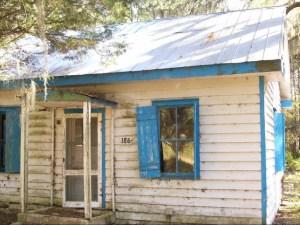 4593345-Gullah_house_wfading_haint_blue_shutters_Daufuskie_Island