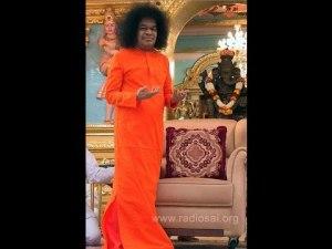 Sai Baba parla dell'Uomo e dell'Universo