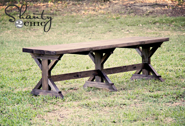 DIY Bench - Farmhouse Style