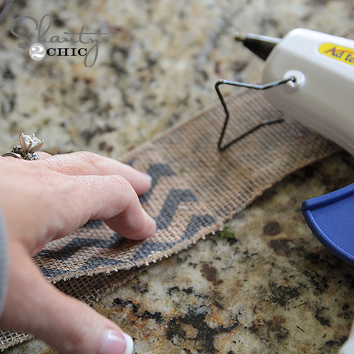 Making a burlap bow