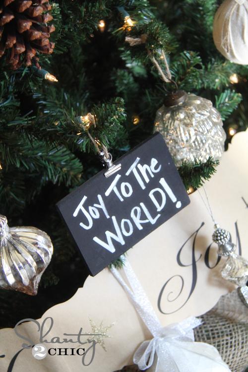 christmas-chalkboard-ornament