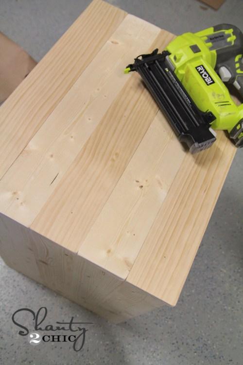 Plank wood table