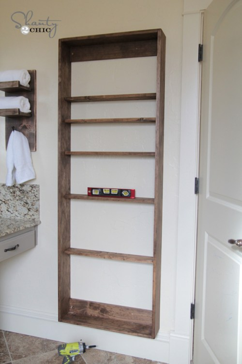 Hanging the bathroom cabinet