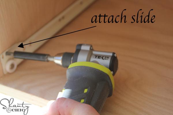 attach-slide