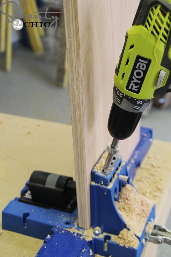 drill-pocket-holes-in-shelf-tops