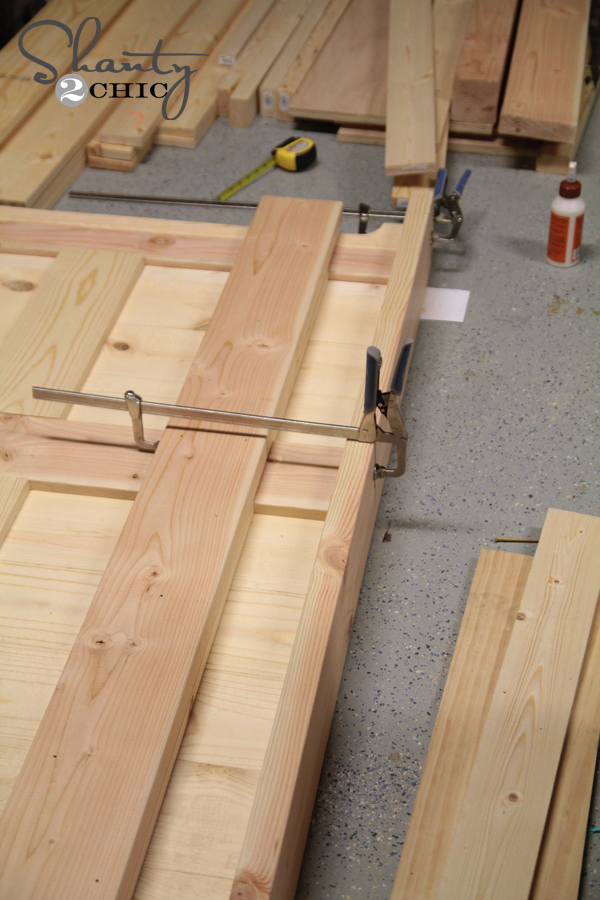 Clamping the headboard top