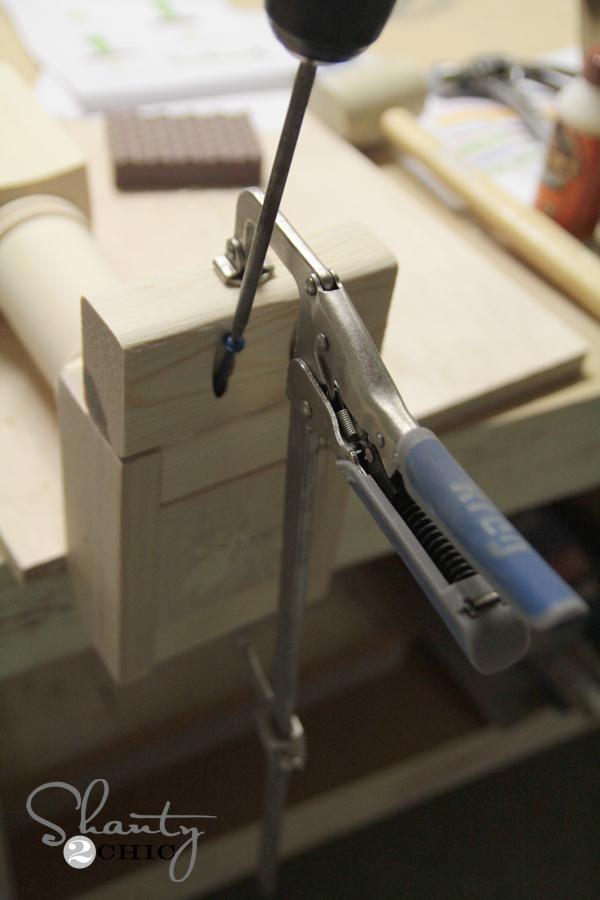 pocket hole screws in bench leg