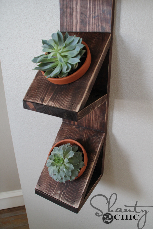 DIY-Wall-Planter-