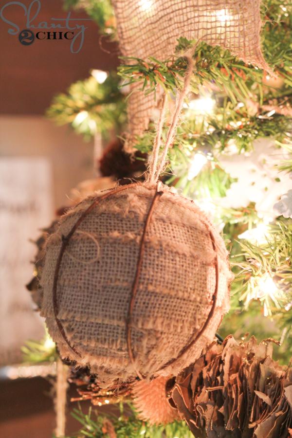 burlap-christmas-ornament