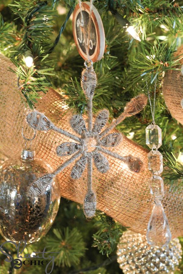 burlap-snowflake-ornament