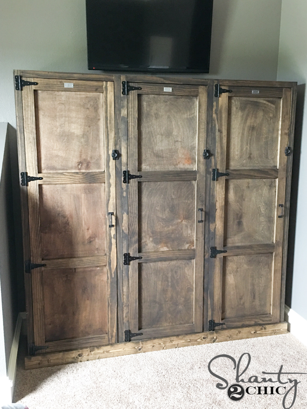 DIY-Wooden-Locker