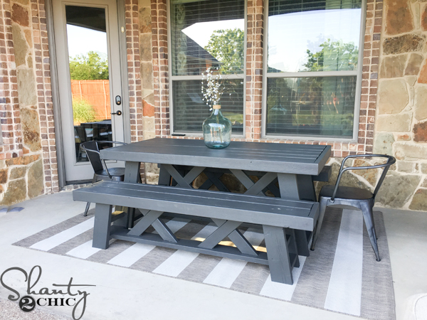 Outdoor-table-diy