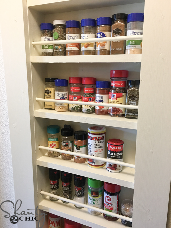 diy spice rack -- built-in-spice-rack