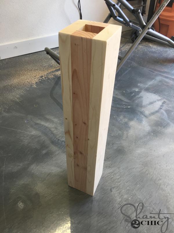 table-pedestal-assembled