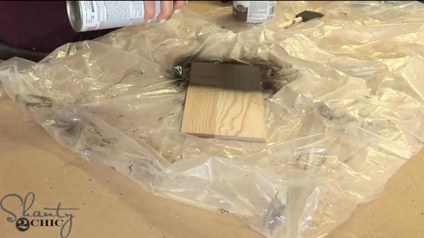 spray-paint-mesage-board