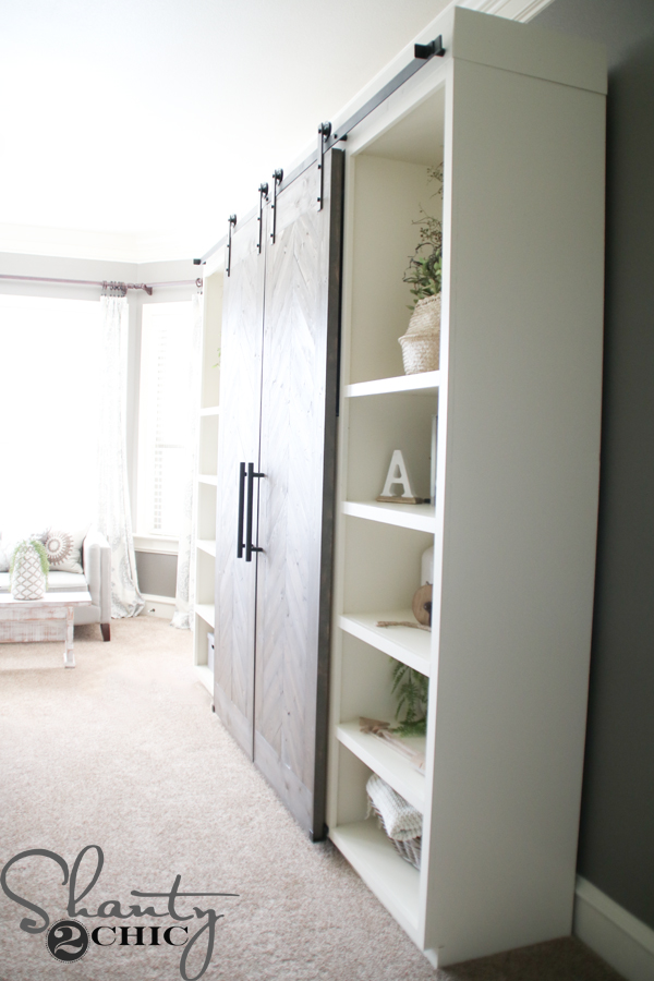 media-console-with-barn-doors