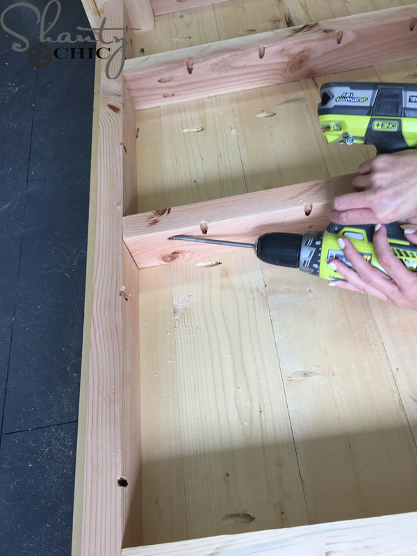 attach-supports-to-aprons