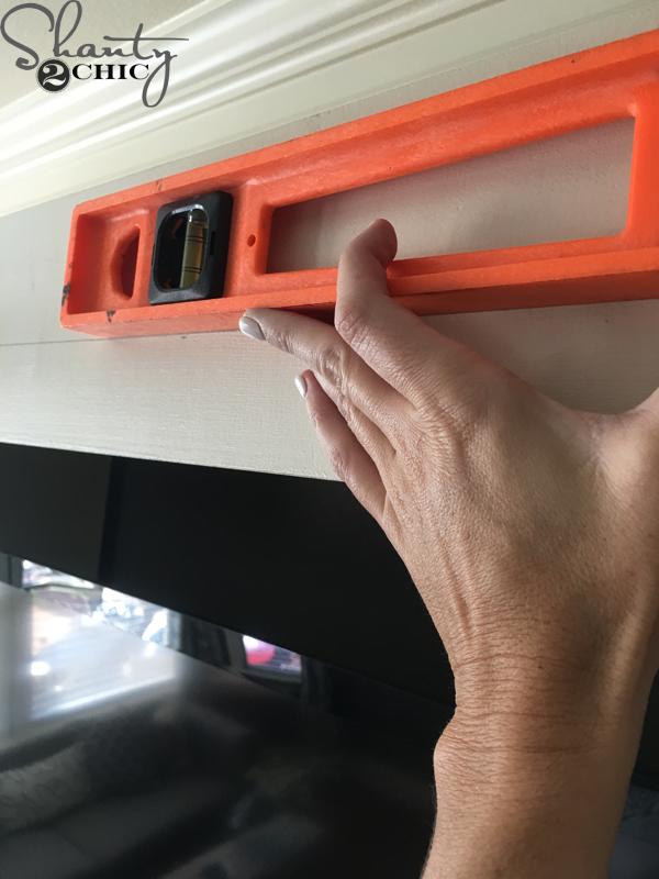 mark-level-line-for-barn-door