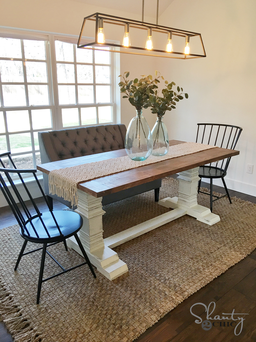 Picture of: Diy Farmhouse Pedestal Table Free Plans Video Tutorial